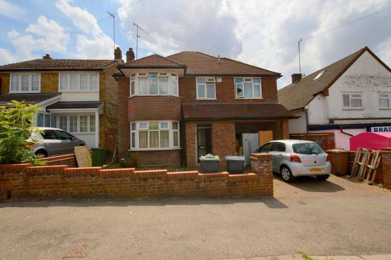 4 Bedrooms Detached House for sale in Bradgers Hill Road, Old Bedford Road Area, Luton, LU2 7EL