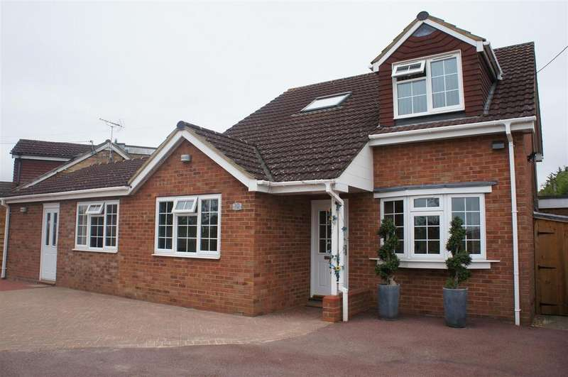 4 Bedrooms Detached Bungalow for sale in Broad Green, Cranfield, Bedford