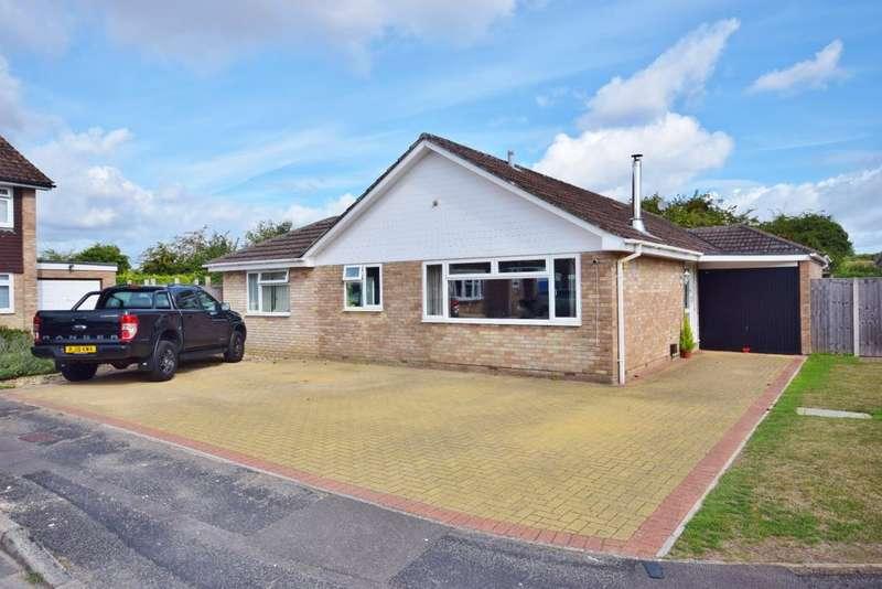 4 Bedrooms Property for sale in Oakley, Basingstoke, RG23