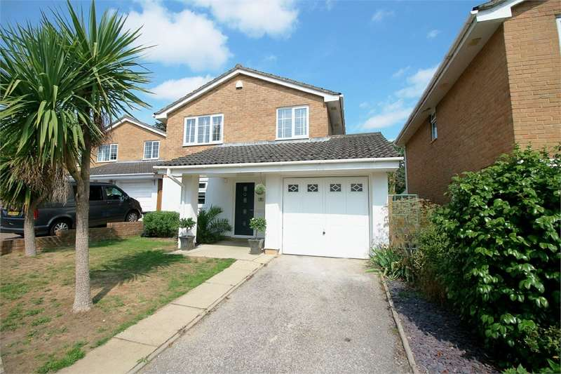 4 Bedrooms Detached House for sale in Honeysuckle Lane, Poole, Dorset