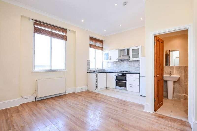 2 Bedrooms Flat for sale in Eastdown Park, Lewisham