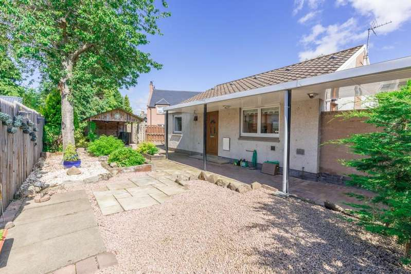 3 Bedrooms Bungalow for sale in Dunlappie Road, Edzell