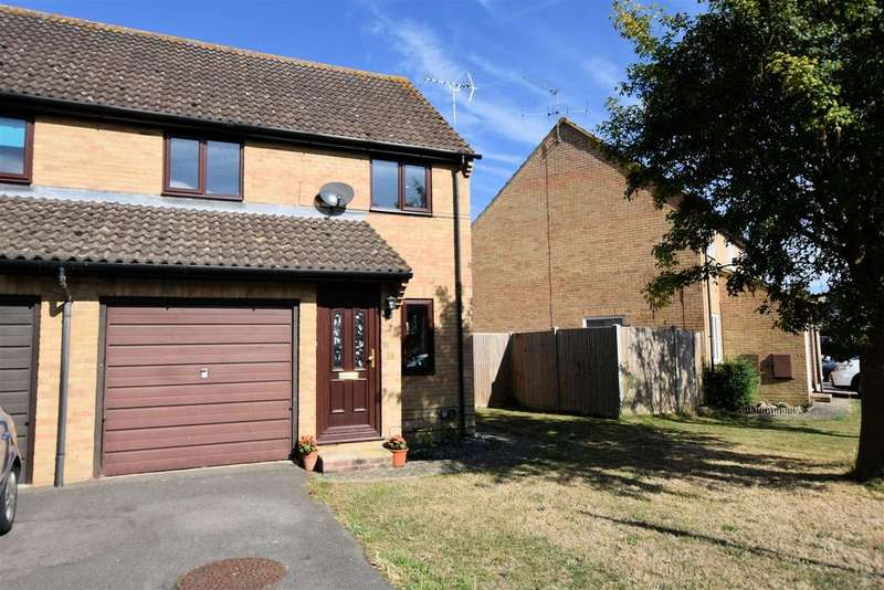 3 Bedrooms Semi Detached House for sale in Mulberry Way, Theale, Reading