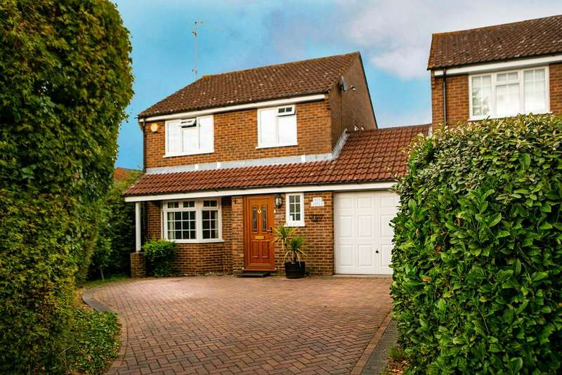 3 Bedrooms Link Detached House for sale in Elm Lane, Reading