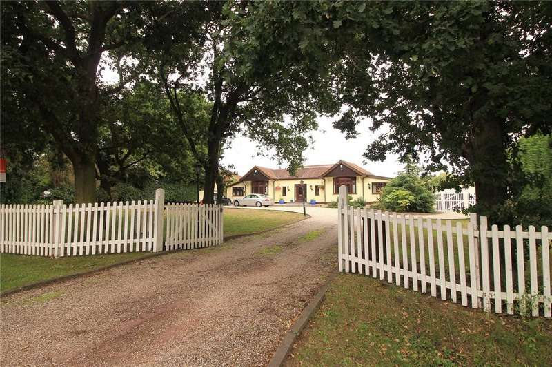5 Bedrooms Detached Bungalow for sale in Little Warley Hall Lane, Little Warley, Brentwood, Essex, CM13