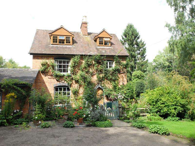 3 Bedrooms Detached House for sale in Newlands, Putley Common, Ledbury, Herefordshire, HR8 2RF