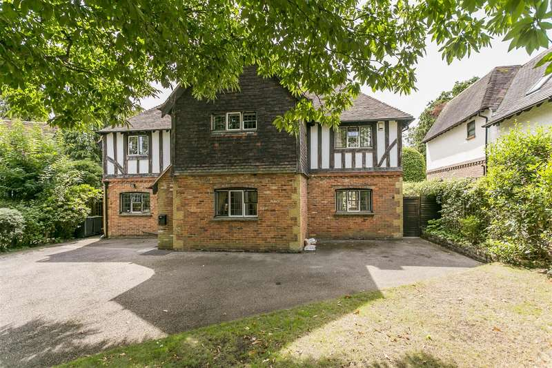 4 Bedrooms Detached House for sale in Aylesford