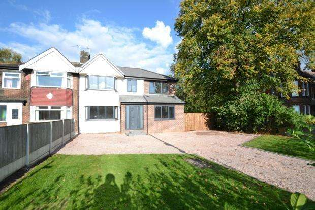 4 Bedrooms Semi Detached House for sale in Dane Road, Sale, M33