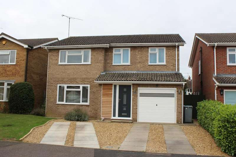 4 Bedrooms Detached House for sale in Robin Close, Market Deeping, PE6