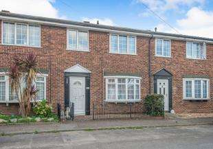 3 Bedrooms Terraced House for sale in Hogarth Mews, North Road, Queenborough