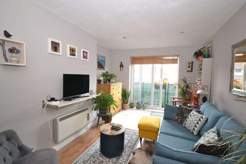 1 Bedroom Flat for sale in 532 Fishponds Road, Fishponds, Bristol
