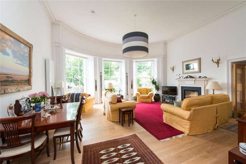 4 Bedrooms Flat for sale in 3 St Andrews Court, Main Street, Gullane, East Lothian, EH31