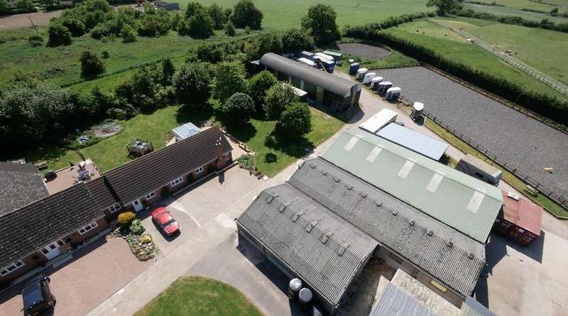 5 Bedrooms Equestrian Facility Character Property for sale in Potters Kiln Farm, Potters Marston, Leicestershire