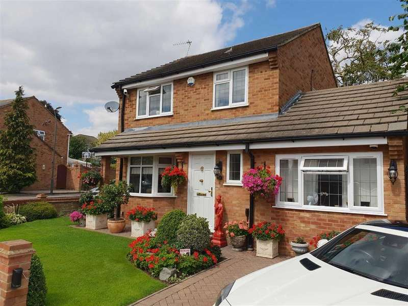 4 Bedrooms Detached House for sale in Milford Close, Abbeywood