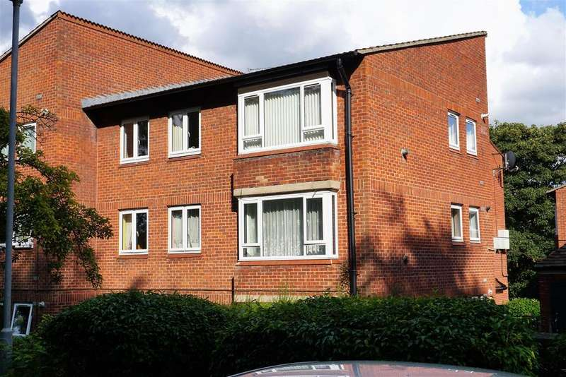2 Bedrooms Apartment Flat for sale in Salisbury Road, St. Annes Park, Bristol