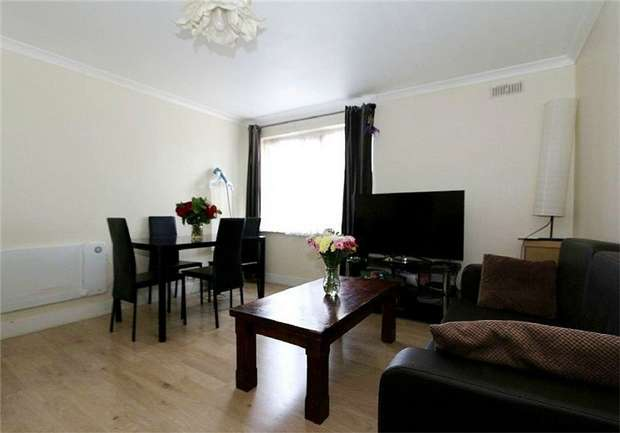 2 Bedrooms Flat for sale in Chelsea Close, Harlesden, London
