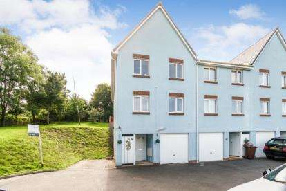 4 Bedrooms Terraced House for sale in St Budeaux, Plymouth, Devon
