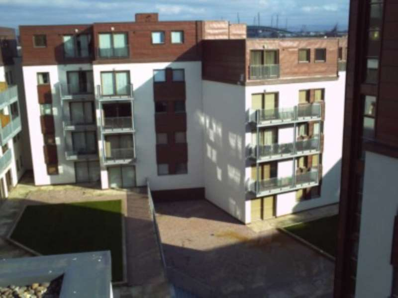 2 Bedrooms Apartment Flat for sale in Isaac Way, Manchester