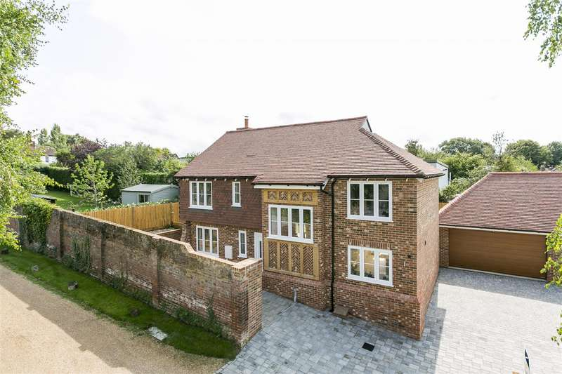 4 Bedrooms Detached House for sale in Town Hill, West Malling