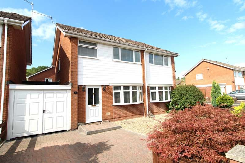 4 Bedrooms Detached House for sale in Roman Reach, Caerleon, Newport, NP18