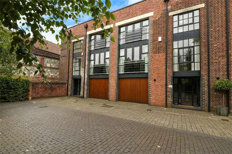3 Bedrooms Detached House for sale in The Drill Hall, Hyde Close, Winchester, Hampshire, SO23