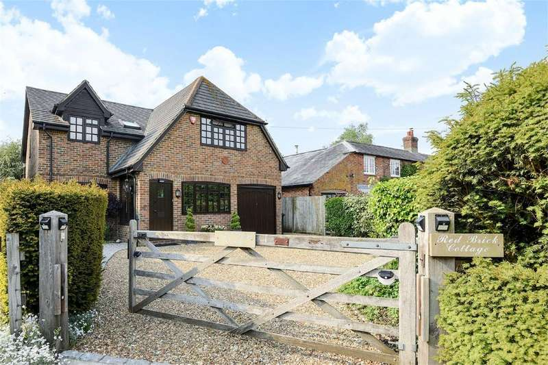 4 Bedrooms Detached House for sale in Weston Road, Upton Grey, Basingstoke, Hampshire, RG25