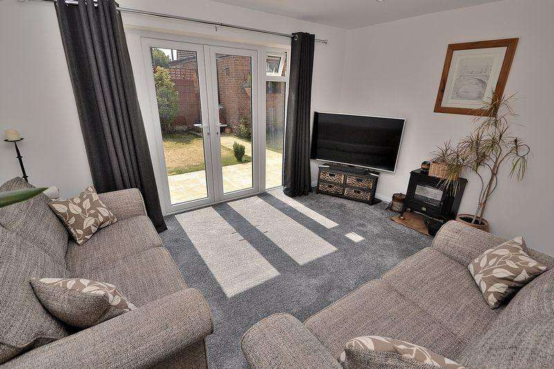 3 Bedrooms Detached House for sale in St. Georges Close, Leighton Buzzard