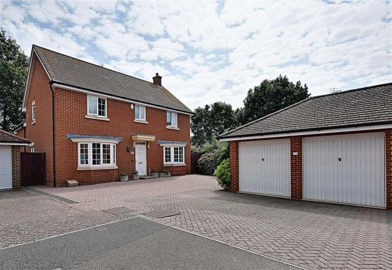 4 Bedrooms Detached House for sale in Woodlands, Bexhill-On-Sea