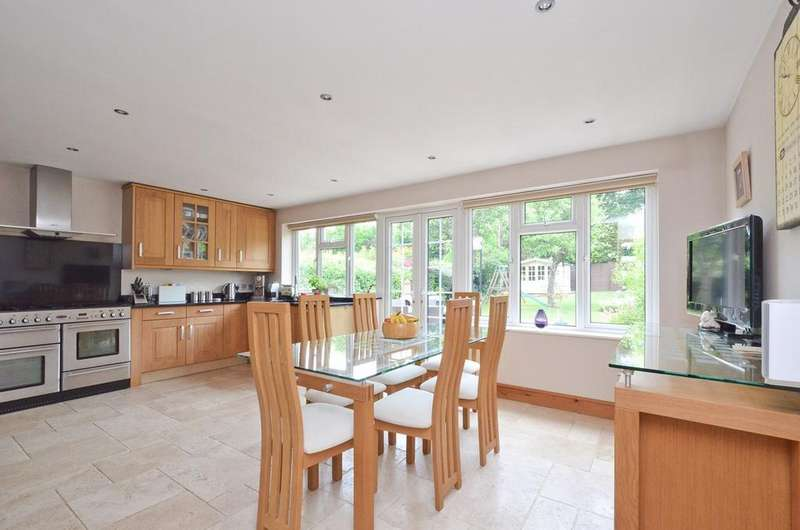 5 Bedrooms Semi Detached House for sale in Bluebridge Avenue, Brookmans Park, Hatfield, AL9