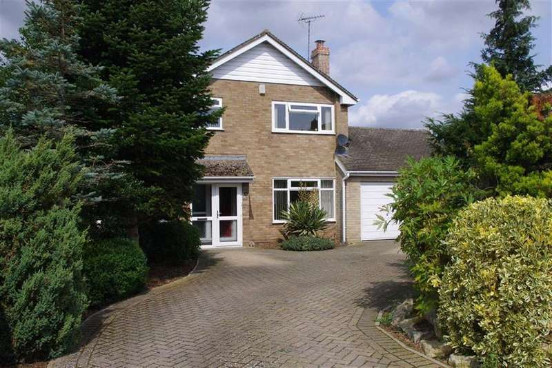 4 Bedrooms Detached House for sale in Oriel Grove, Moreton-in-Marsh, Gloucestershire