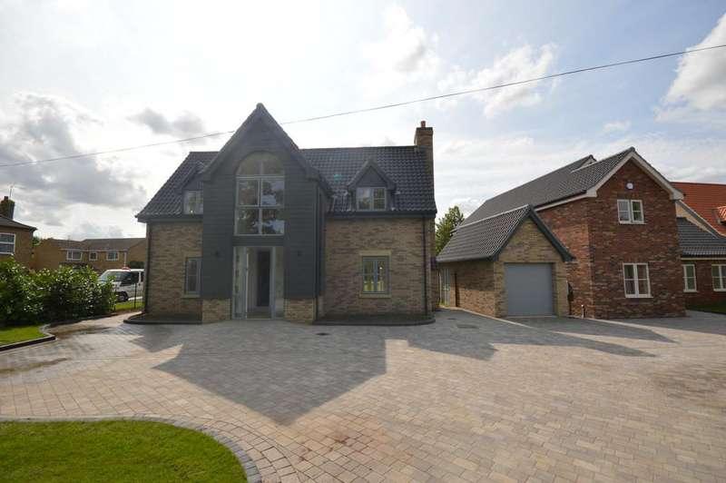 4 Bedrooms Detached House for sale in Ely Road, Littleport