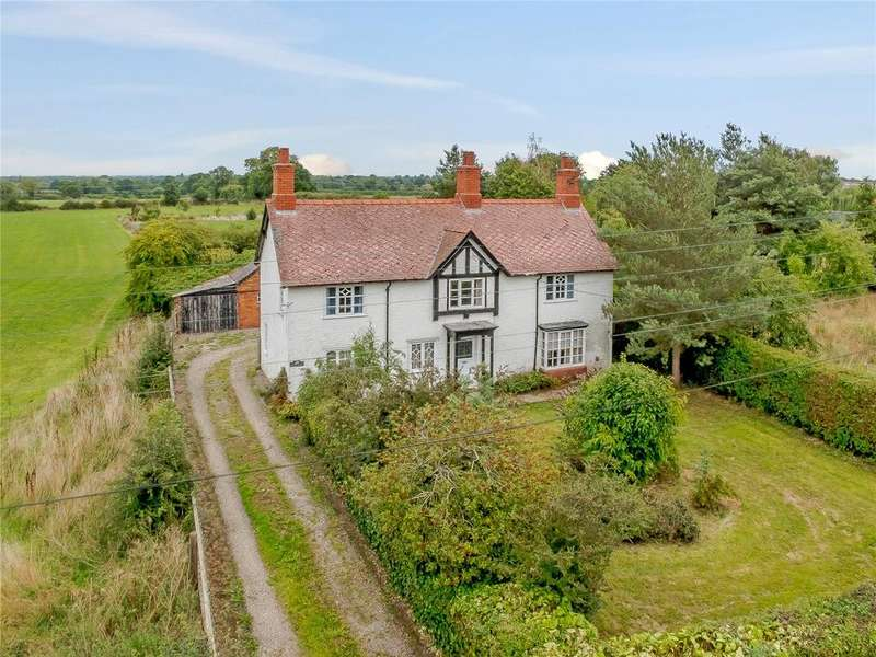 3 Bedrooms Detached House for sale in Hall Lane, Haughton, Tarporley, Cheshire