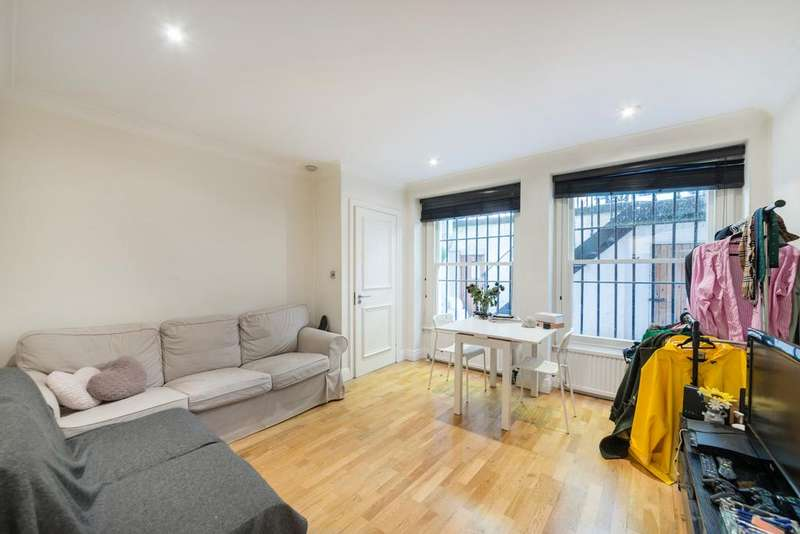 1 Bedroom Apartment Flat for sale in Courtfield Road, Kensington SW7