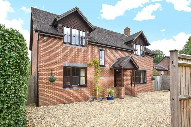 4 Bedrooms Detached House for sale in Manor Road, Twyford, Winchester, Hampshire, SO21