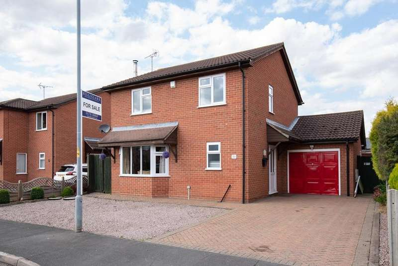 3 Bedrooms Detached House for sale in Hawthorn Road, Bourne, PE10