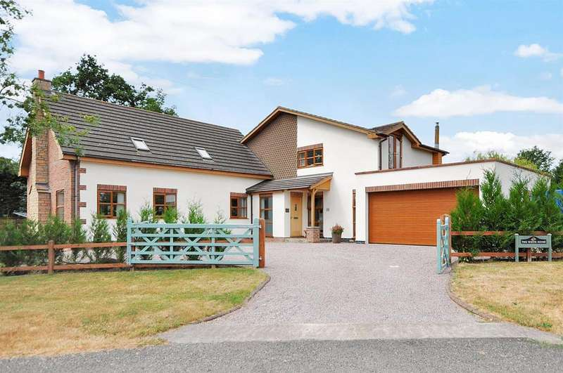 3 Bedrooms Detached House for sale in Town Street, Westborough, Newark
