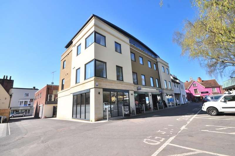 2 Bedrooms Penthouse Flat for sale in Castle House, Castle Bailey, Colchester, CO1 1FA