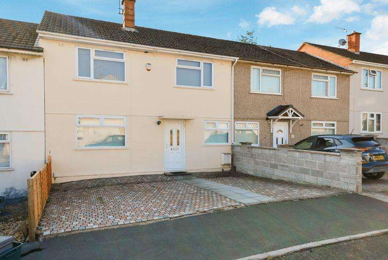 3 Bedrooms Terraced House for sale in Sandburrows Road, Bristol