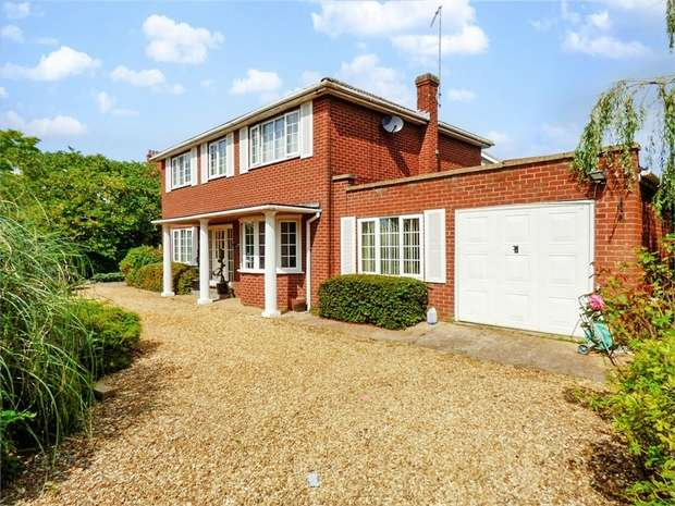 4 Bedrooms Detached House for sale in Ferry Road, West Lynn, King's Lynn, Norfolk