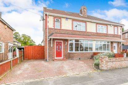 4 Bedrooms Semi Detached House for sale in Brook Drive, Great Sankey, Warrington, Cheshire