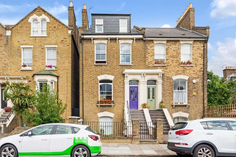 1 Bedroom Flat for sale in Colvestone Crescent, Hackney, London E8