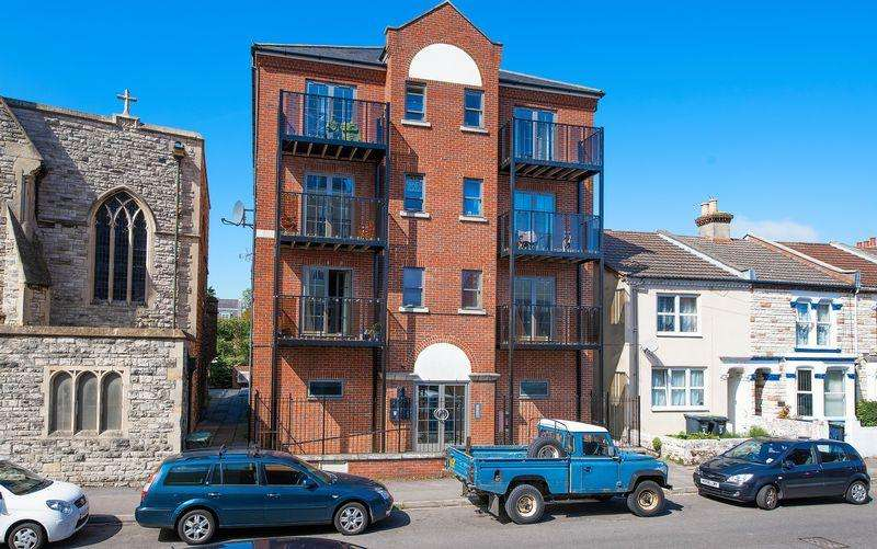 2 Bedrooms Block Of Apartments Flat for sale in Avenue Road, Gosport