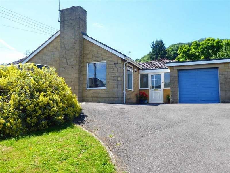 3 Bedrooms Detached Bungalow for sale in Court Garden, Uley, GL11