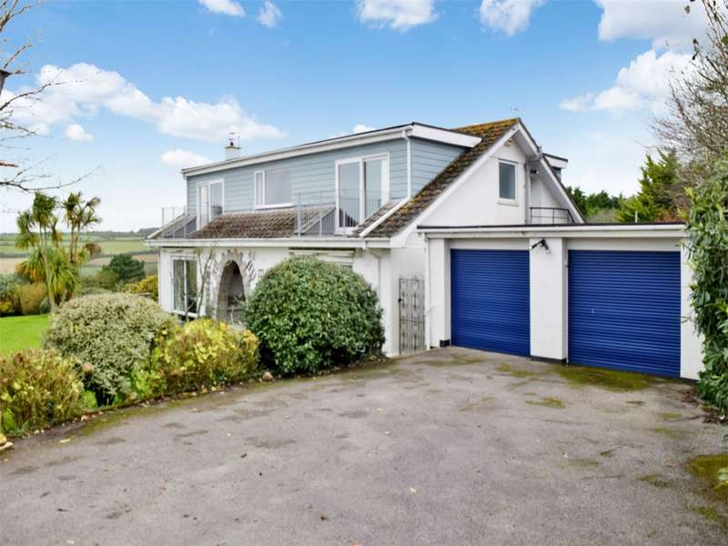 4 Bedrooms Detached House for sale in Praa Sands, PENZANCE, Cornwall