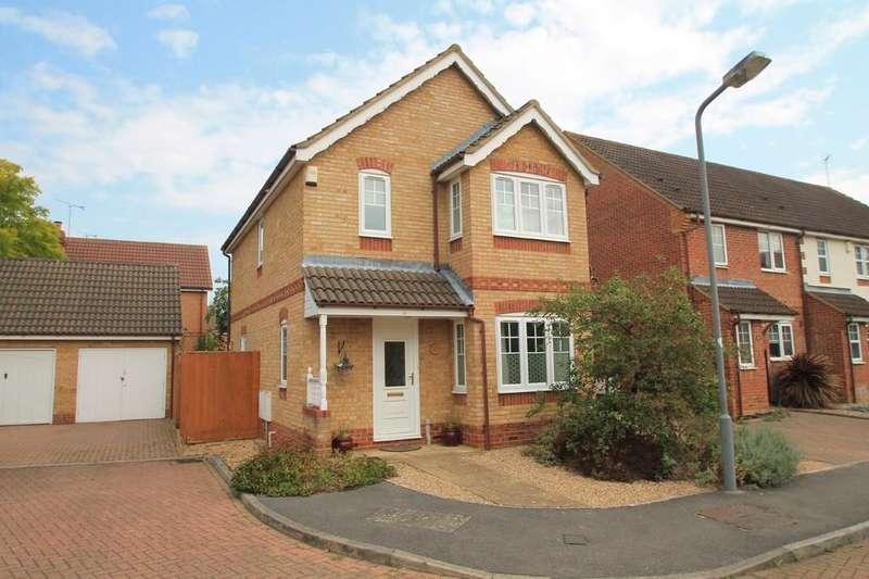 3 Bedrooms Detached House for sale in Carnation Way, Lavender Grange, Aylesbury
