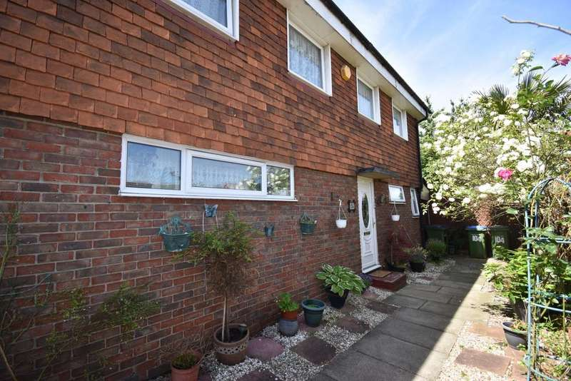 4 Bedrooms End Of Terrace House for sale in Parkdale Road London SE18