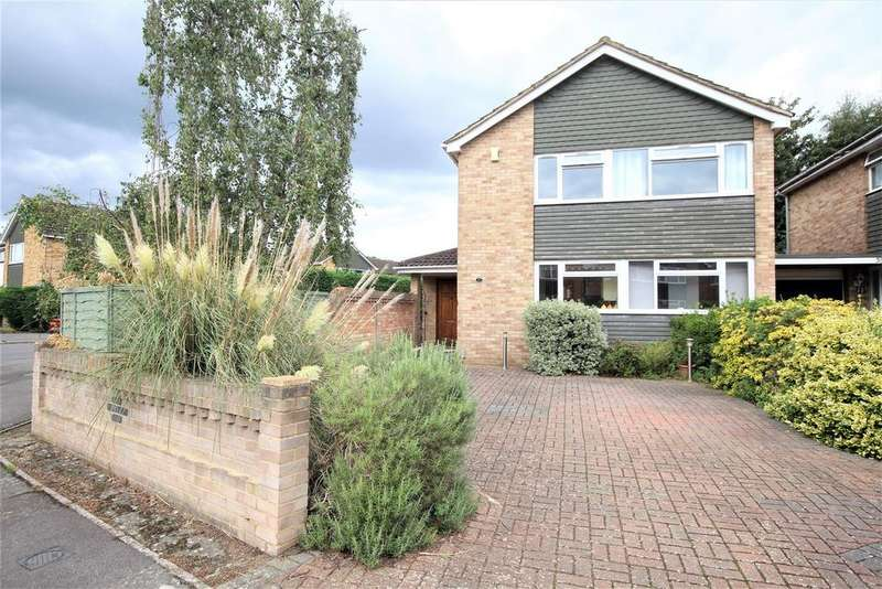 4 Bedrooms Detached House for sale in Lunds Farm Road, Woodley, Reading