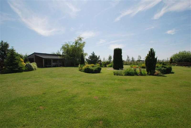 4 Bedrooms Detached House for sale in Kirton Drove, Kirton Fen, Kirton Fen Lincoln