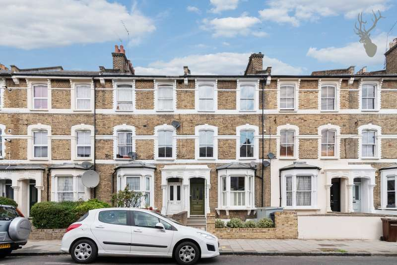 3 Bedrooms Flat for sale in Brooke Road, Stoke Newington, N16