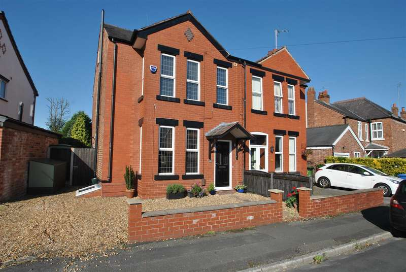 3 Bedrooms Semi Detached House for sale in Cross Lane, GRAPPENHALL, WARRINGTON, WA4